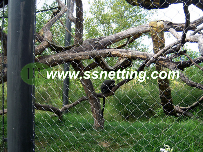 304 or 316 Diamond Wire rope mesh for animal netting application details
