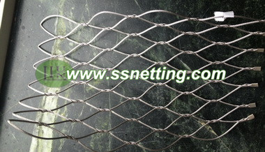 We are a manufacture specialized in producing the stainless steel cable mesh, which are hand woven by 304/316 stainless steel wire cables